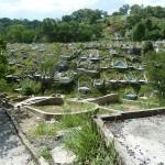 Een Chinese begraafplaats buiten de stad